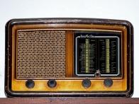 old-radio-1064555_1920